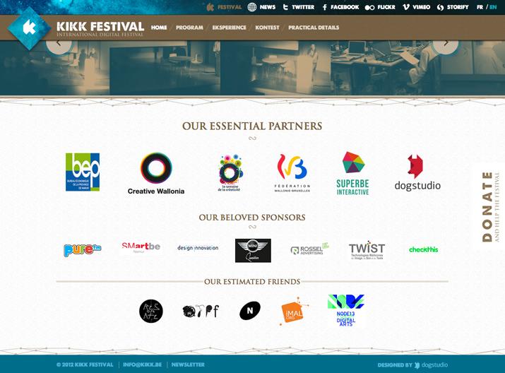 网站页脚设计使用图形元素